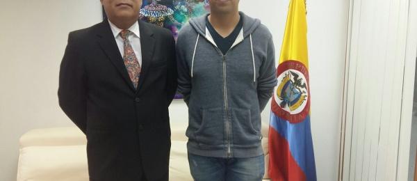 Consulado de Colombia en Hong Kong recibió al piloto colombiano Julio Sebastián Acosta Hinojosa, quien ocupó el tercer lugar en Gran Premio de Macao